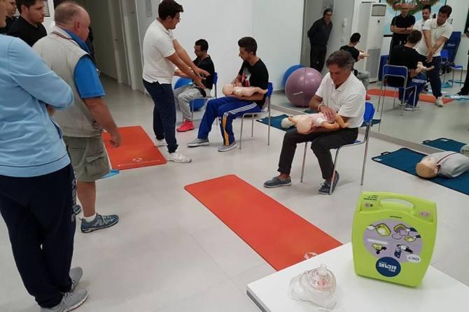 CORSO OPERATORE BLSD E AGGIORNAMENTO AL CENTRO SALUTE ART32 ONLUS