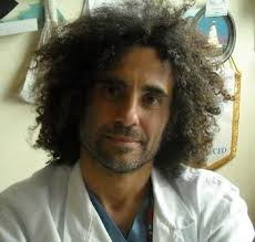 Il Dott. Pietro Sodani, Ematologo, visita presso il Centro Salute Art32 ONLUS